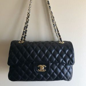 New CHANEL Classic Double Flap Quilted Medium Bag